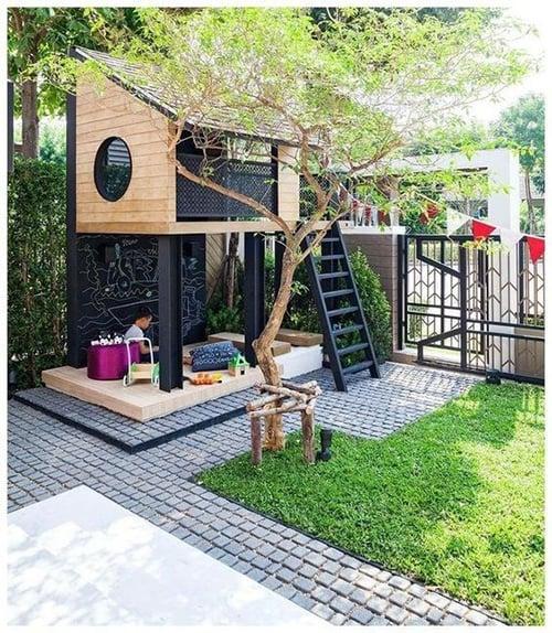 rumah pohon kayu