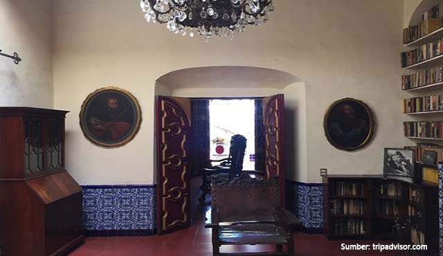 rumah seram Casa Figueroa