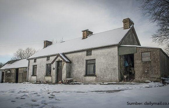 rumah tua di Irlandia