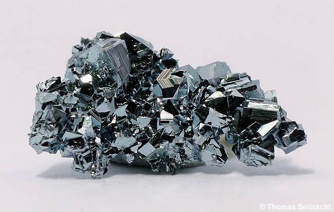 logam termahal