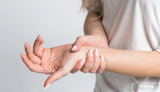 11 Cara Mengatasi Kesemutan Seluruh Badan Ampuh | Tak Perlu Obat!