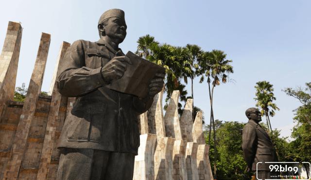 5 Cerita Seram Konspirasi Soekarno | Benarkah Orang Sakti?