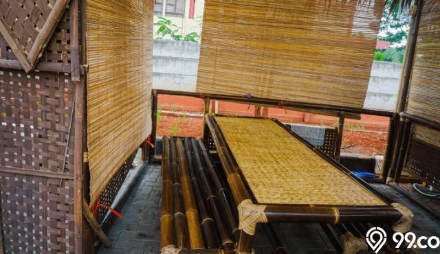 Cara Mudah Membangun Saung Bambu Low Budget dan Bisa Sendiri!