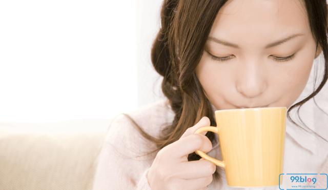 Sering Disepelekan, Ternyata Ini 7 Manfaat Minum Air Hangat bagi Tubuh!
