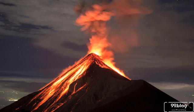Ngeri! 10 Bencana Gunung Meletus ini Diramalkan Terjadi Tahun 2020