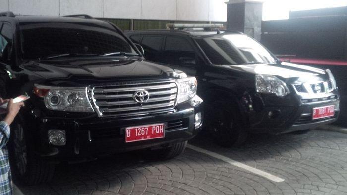 mobil dinas pejabat Indonesia