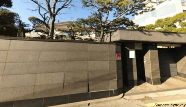 Pasca Rumah Tangga Roboh, Rumah Song Joong Ki Ikut Dihancurkan!
