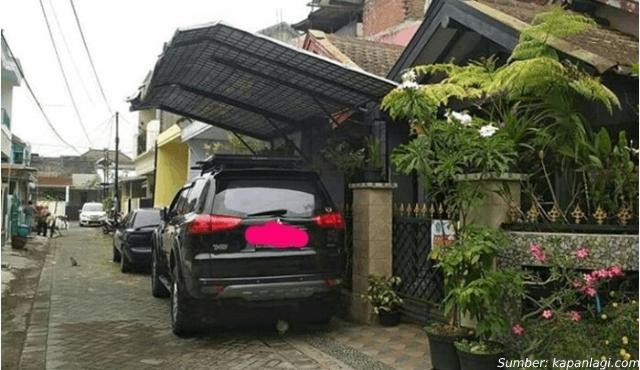 garasi makan jalan umum