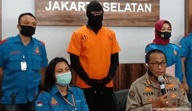 Dwi Sasono Isi Waktu Luang Saat Karantina di Rumah Pakai Ganja, Ditangkap Polisi deh!