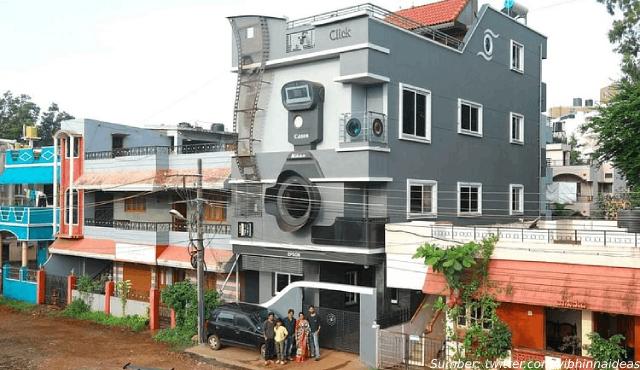Ada Rumah Unik Berbentuk Kamera di India, Pemiliknya Obsesi Banget!