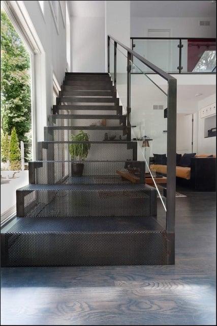 tangga besi industrial