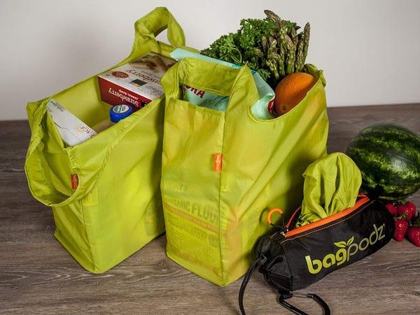 mengurangi penggunaan kantong plastik