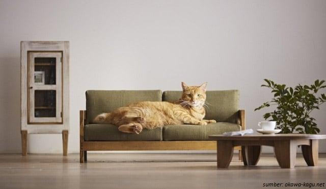Pengrajin Kayu Ini Membuat Miniatur Sofa & Tempat Tidur Kucing. Gemas Banget!