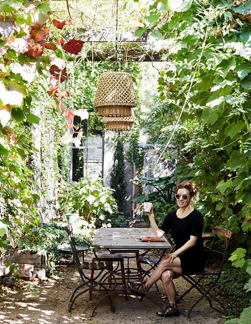 teras dan kebun rumah