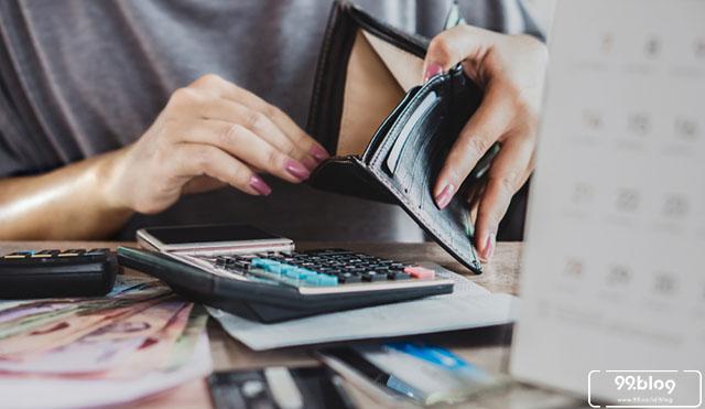 7 Tips Pinjam Uang Online yang Benar sesuai Aturan agar Keamananmu Terjaga