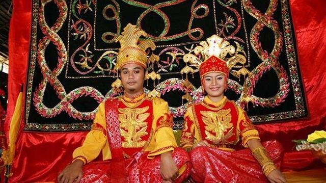 tradisi pernikahan