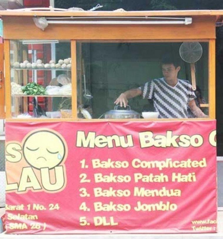 11 Spanduk Kedai Makanan Lucu Di Indonesia Promosinya Jago Banget