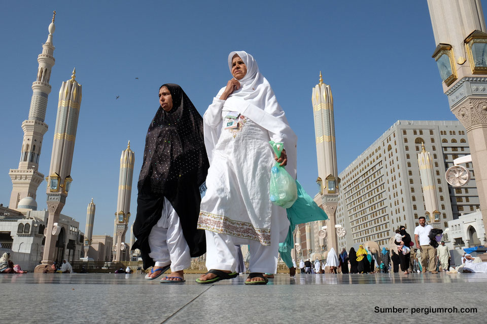 Akibat Corona, Arab Saudi Terapkan Larangan Umrah Bagi Semua Negara