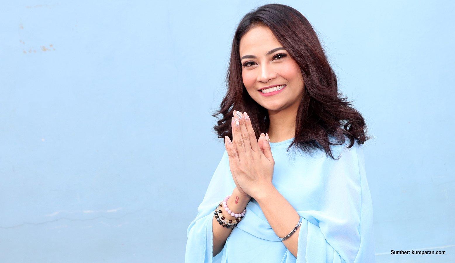 7 Artis Cantik Indonesia Yang Pernah Ditawar Hingga 1 Miliar Untuk Main
