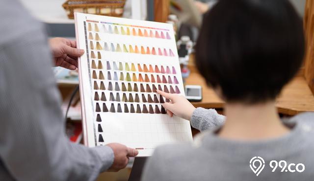 9 Warna Rambut untuk Kulit Sawo Matang. Bikin Wajah Glowing!