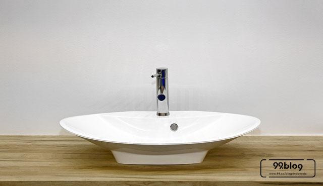 memilih wastafel kamar mandi