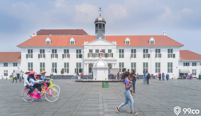 Sejarah Kota Tua Jakarta, Destinasi Wisata Seru dengan Tiket Masuk Murah!