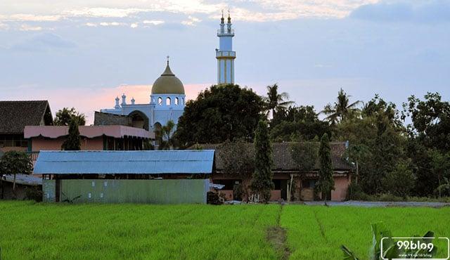 tempat wisata terpopuler di jogja 9 Wisata Religi Jogja Penuh Dengan Khazanah Sejarah Islam