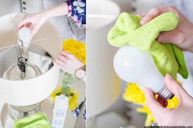 cara membersihkan debu