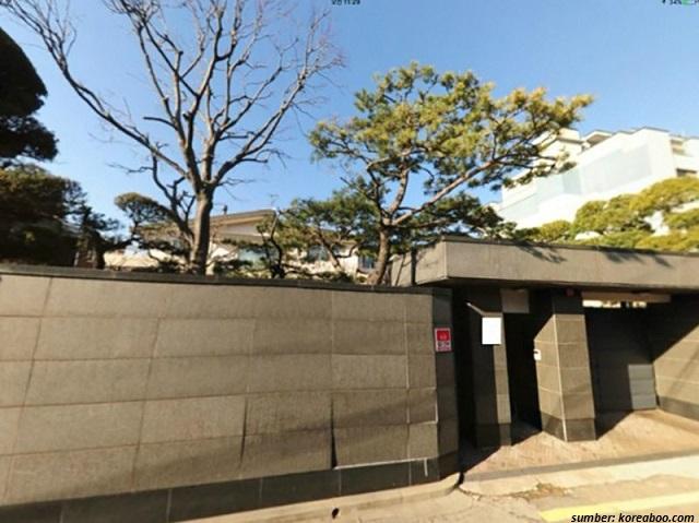 rumah Song Jong Ki
