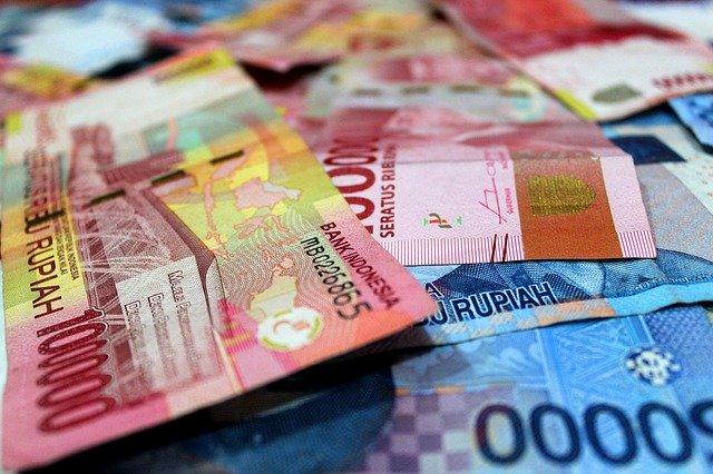 zakat uang